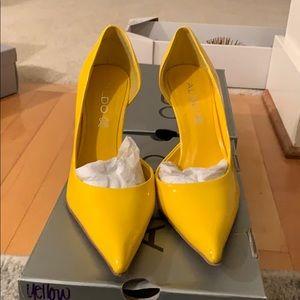 Aldo yellow pantent leather heels